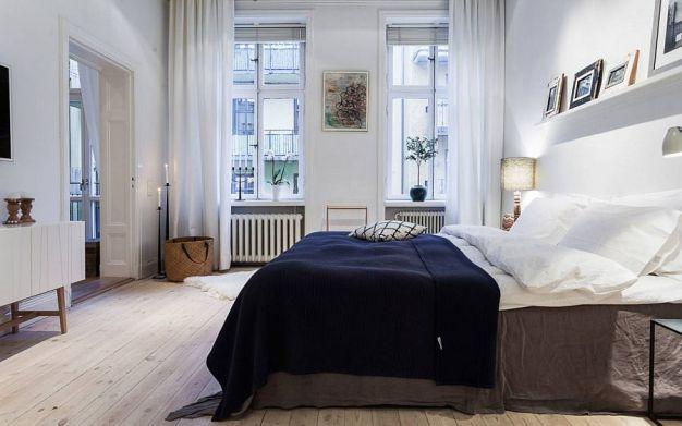 elegant-bedroom-keeps-the-color-palette-simple-and-neutral